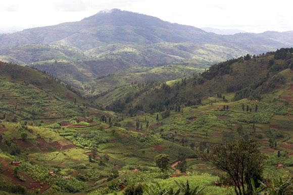 rwanda-land-of-1000-hills